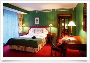 E. Montgomery Brussels 5* GL